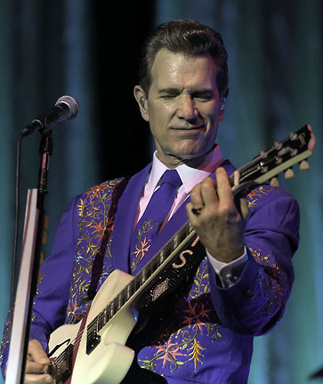 Chris Isaak review, Fox Theatre, Tucson, AZ July 21, 2018