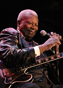 bb king concert review house of blues chicago il feb 16 2006. Black Bedroom Furniture Sets. Home Design Ideas